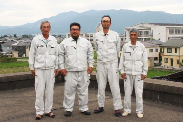 藤森龍文(左)/江尻雅志(左中)/大江聡(右中)/橋場喜一(右)