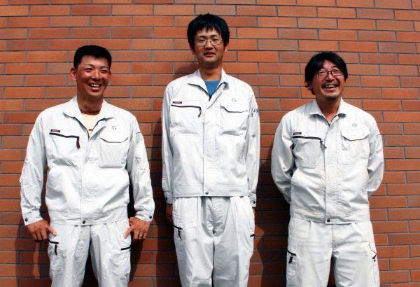溝口 武宏 (左) / 安田 暁 (中央) / 六田 信昭 (右)